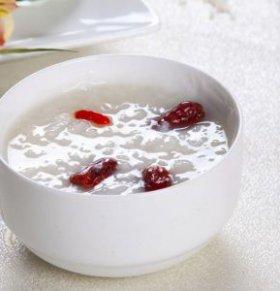 冬季喝什么粥可以养生 女性冬季喝什么粥好 女性冬季吃什么食物好