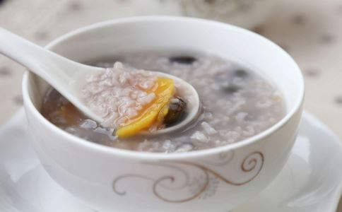 冬季养生喝什么粥好 冬季必不可少的养生粥 冬季养生粥谱