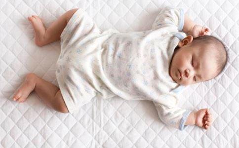 孩子肚子里蛔虫会有哪些症状 宝宝肚子里的蛔虫是什么样的 宝宝肚子里有蛔虫怎么办