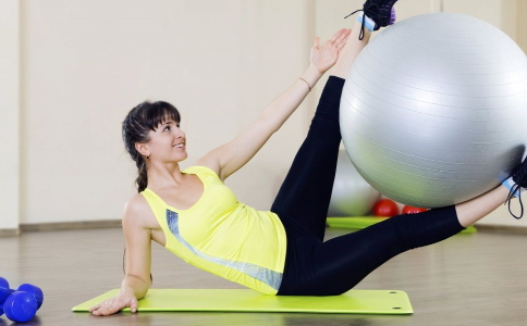快速瘦小蛮腰的方法有哪些 怎么快速瘦腰效果好 收腹操的练习方法