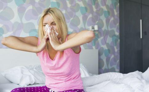 女人熬夜的危害 熬夜后如何补救 女人太晚睡有什么危害
