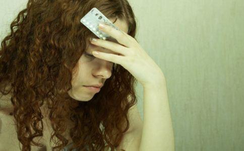 女人吃避孕药的副作用 长期吃避孕药会缺钙吗 哪些人不能吃避孕药