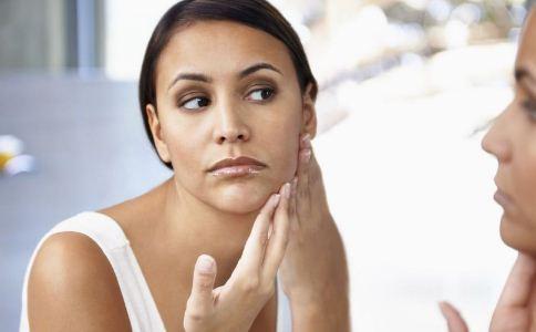 哪些方法可以祛斑 女人该怎么祛斑养颜 祛斑的方法有哪些