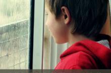 如何辨别孩子是否被遭受虐待?这些细节可看出