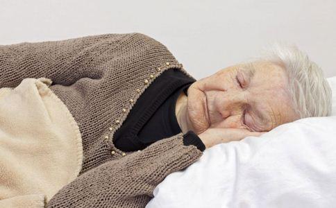 三万老人孤独死 孤独的危害 孤独有何危害