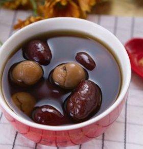 女人吃什么补气血 喝什么茶补气血 红枣茶的功效与作用