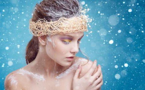 女人冬季洗澡注意什么 冬季洗澡的最佳时间 冬季洗澡的正确方法