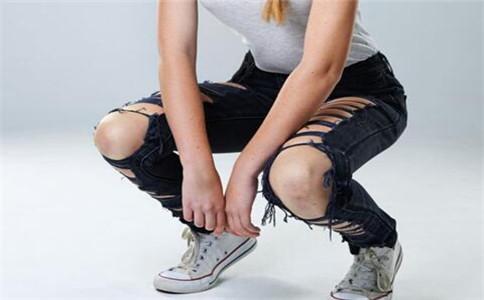 下蹲运动训练 下蹲运动有什么好处 下蹲运动锻炼哪里