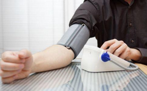高血压患者稳定血压怎么做 如何降血压 降血压注意什么