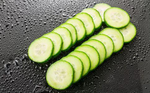黄瓜饼的做法 黄瓜饼怎么做 黄瓜饼的做法大全