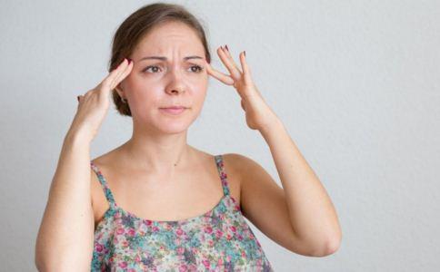 皱纹和健康有什么关系 额头长皱纹是怎么回事 女人如何预防过早长皱纹