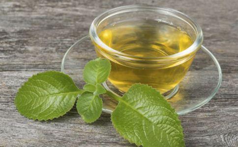 白领喝什么茶对眼睛好 预防眼睛干涩喝什么茶 白领如何护眼