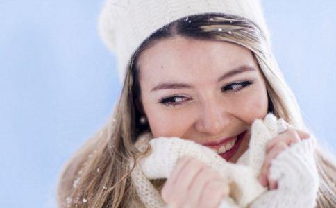 如何延缓衰老 冬季如何防晒 女人皮肤衰老的原因