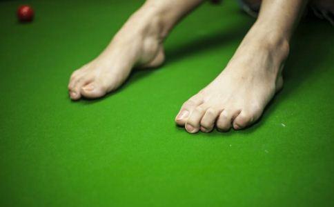 糖尿病早期什么症状 糖尿病早期脚部的变化是什么 糖尿病早期什么样