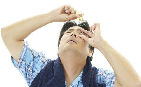 眼药水怎么用 使用眼药水的注意事项 使用眼药水的最佳方法
