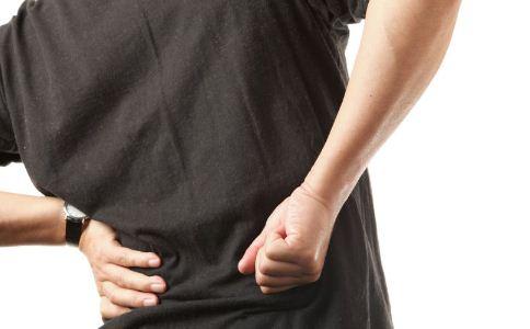 导致男人腰痛的原因有哪些 男人腰痛怎么缓解 该怎么缓解腰痛