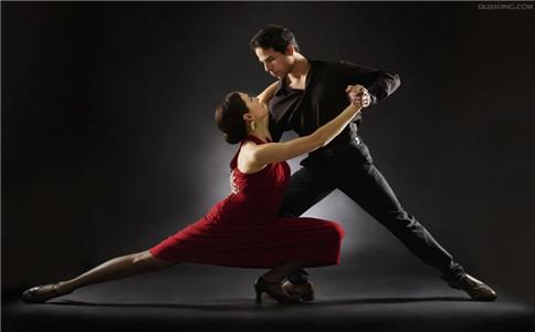 拉丁舞怎样跳 跳拉丁舞注意事项 跳拉丁舞的好处