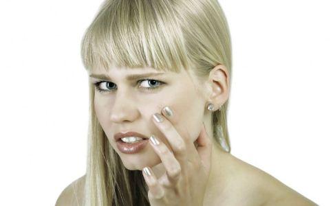 经常摸脸会长痘吗 怎么祛痘 该怎么祛痘
