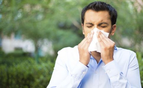 冬季为什么过敏性鼻炎高发 如何区分过敏性鼻炎和感冒 冬季如何预防过敏性鼻炎