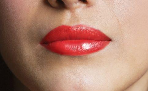 口红对女人的危害 经常用口红好吗 口红的危害有哪些