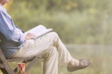 注意2个要点能预防老人抑郁症