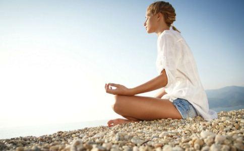 瑜伽减肥的误区有哪些 瑜伽减肥要注意什么 瑜伽减肥有哪些误区