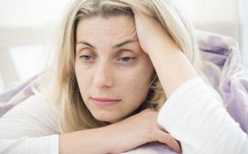 卵巢早衰的症状有哪些 卵巢早衰有哪些症状 卵巢早衰怎么办