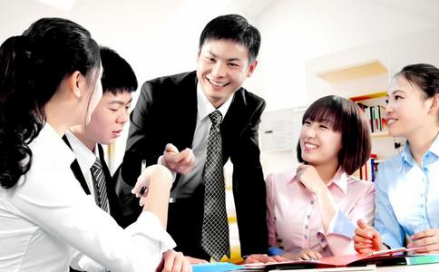 与同事和睦相处 如何与同事和睦相处 同事之间和睦相处