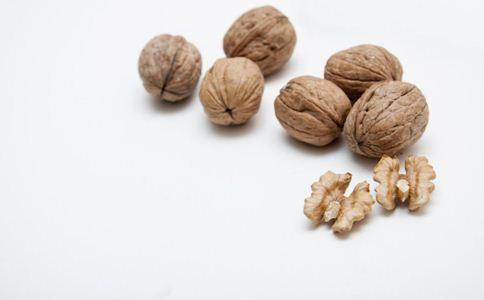 核桃的营养价值 吃核桃的好处 核桃的功效与作用