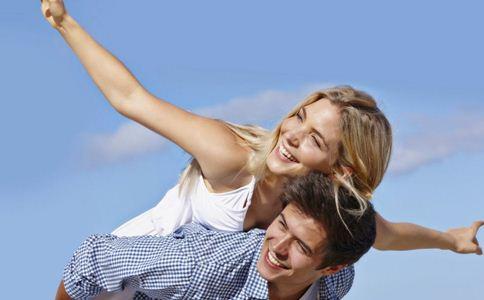 女人恋爱的小技巧 女人喜欢你的表现 女人爱上男人的表现