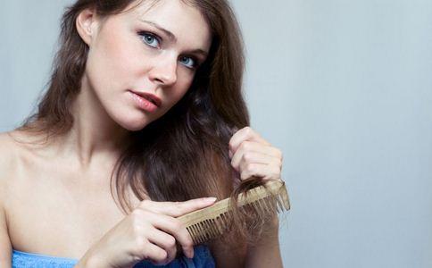 女子一夜醒来脸瘫了 导致面瘫的原因有哪些 如何预防面瘫