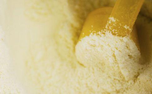 法国召回七千吨问题奶粉 如何选择奶粉 奶粉的选购方法