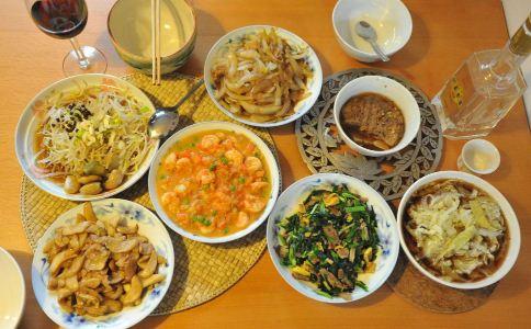 剩菜剩饭怎么处理 剩菜剩饭可以吃吗 吃剩菜剩饭有坏处吗
