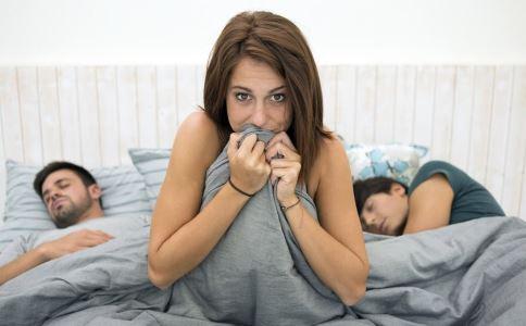 女性淋病的症状有哪些 女性淋病有什么症状 女性得淋病是怎么样