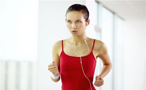 怎么原地跑步 原地跑步的正确姿势 原地跑步的好处