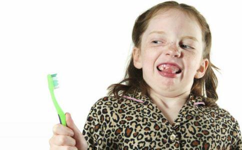 伤害乳牙的习惯有哪些 怎么保护乳牙 如何护理乳牙