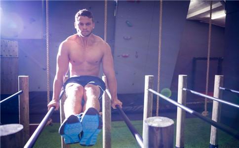 胸肌下部中缝 胸肌中缝怎么锻炼 胸肌下部锻炼