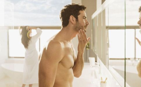 冬季皮肤干燥怎么保养 男人怎么保养皮肤 男人脸部怎么保养