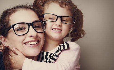 激光近视手术会有后遗症吗 激光近视手术的后遗症 激光近视手术后要如何护理