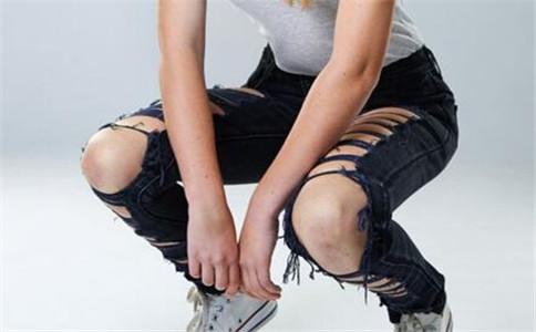 正确下蹲姿势 怎么下蹲练习 下蹲运动的好处