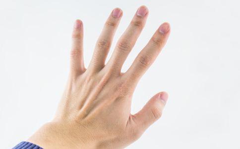 指甲不健康是怎么回事 怎么从指甲看健康 从指甲看健康怎么看