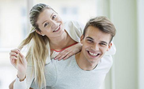 男人想你的表现 男人爱你的表现 女人喜欢你的表现