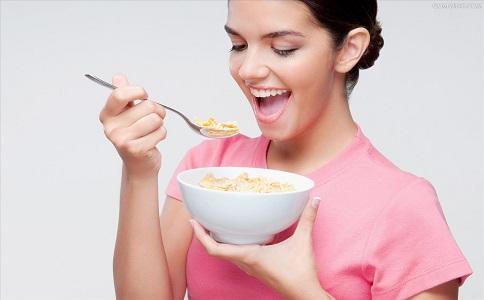 饿肚子的时候是在消耗脂肪吗 饥饿可以减肥吗 节食减肥为什么会反弹