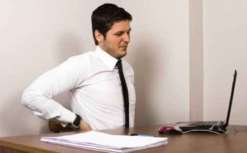 白领背部酸痛怎么办 白领后背酸痛有什么方法 白领背部酸痛如何缓解
