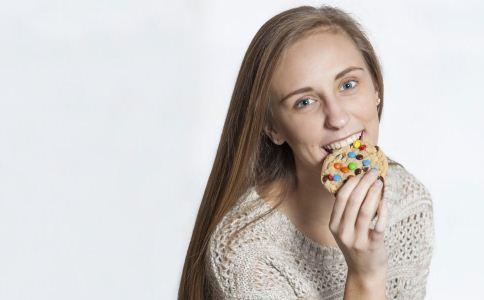 经常吃甜食的危害 常吃甜食有哪些坏处 怎么正确吃甜食