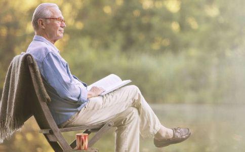 男人上了年纪性功能会不好吗 男人上了年纪记忆力会衰退吗 中老年男人该怎么保养