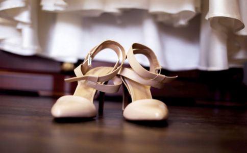 鞋子怎么穿健康 如何选择合适的鞋子 怎么穿鞋好