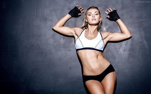 做卷腹多久可以练出腹肌 练习卷腹要注意哪些事项 卷腹的练习方法有哪些