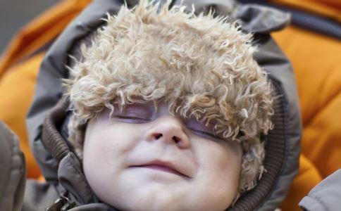 冬季如何给宝宝保暖 给宝宝保暖的方法有哪些 冬季如何给宝宝保暖