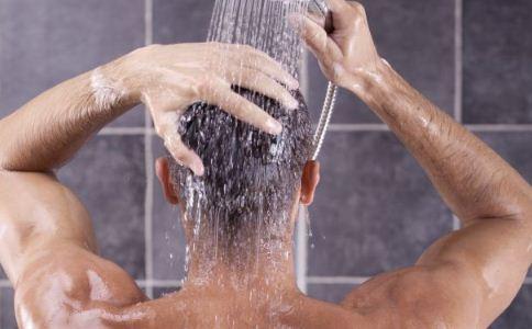 冬季皮肤干燥怎么护理 怎么预防皮肤干燥 冬季皮肤干燥怎么办